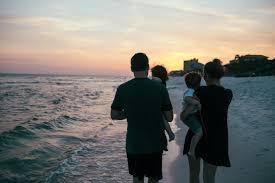 【賃貸VS購入⑤】まとめー夕日を見る家族