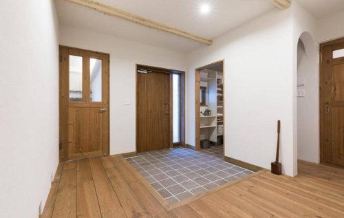 玄関ドアのサイズ例