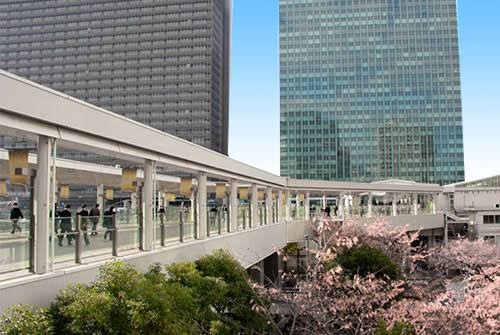 大崎駅の駅前