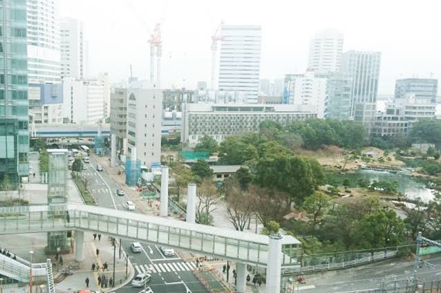 浜松町駅の駅前