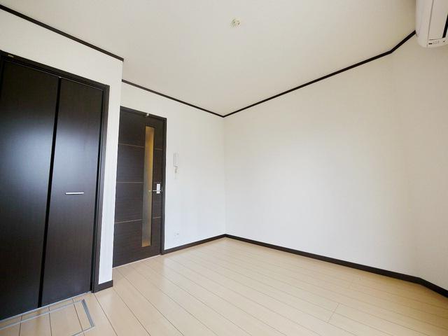 メイン写真【初期費用10万以下】新宿直通30分・駅近で部屋もキレイです!賃料45000円!