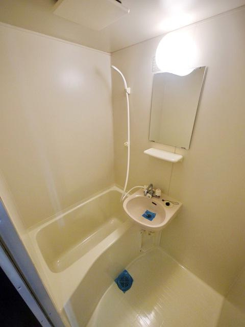 室内写真②【初期費用10万以下】新宿直通30分・駅近で部屋もキレイです!賃料45000円!