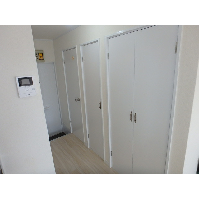 室内写真⑤【初期費用10万以下】新宿まで35分!ロフト付き広々7.5畳♪賃料40000円!